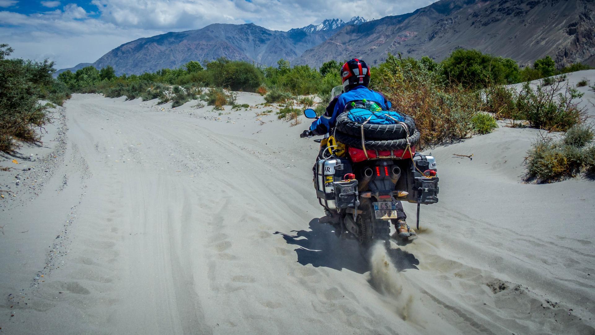 Tadjikistan33